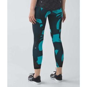 Lululemon Black Blue Patterned Leggings Size 8